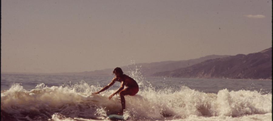 ŻYCIE JEST JAK SURFING.