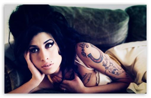 mobilephones_Amy_Winehouse_Hot_thumb_109