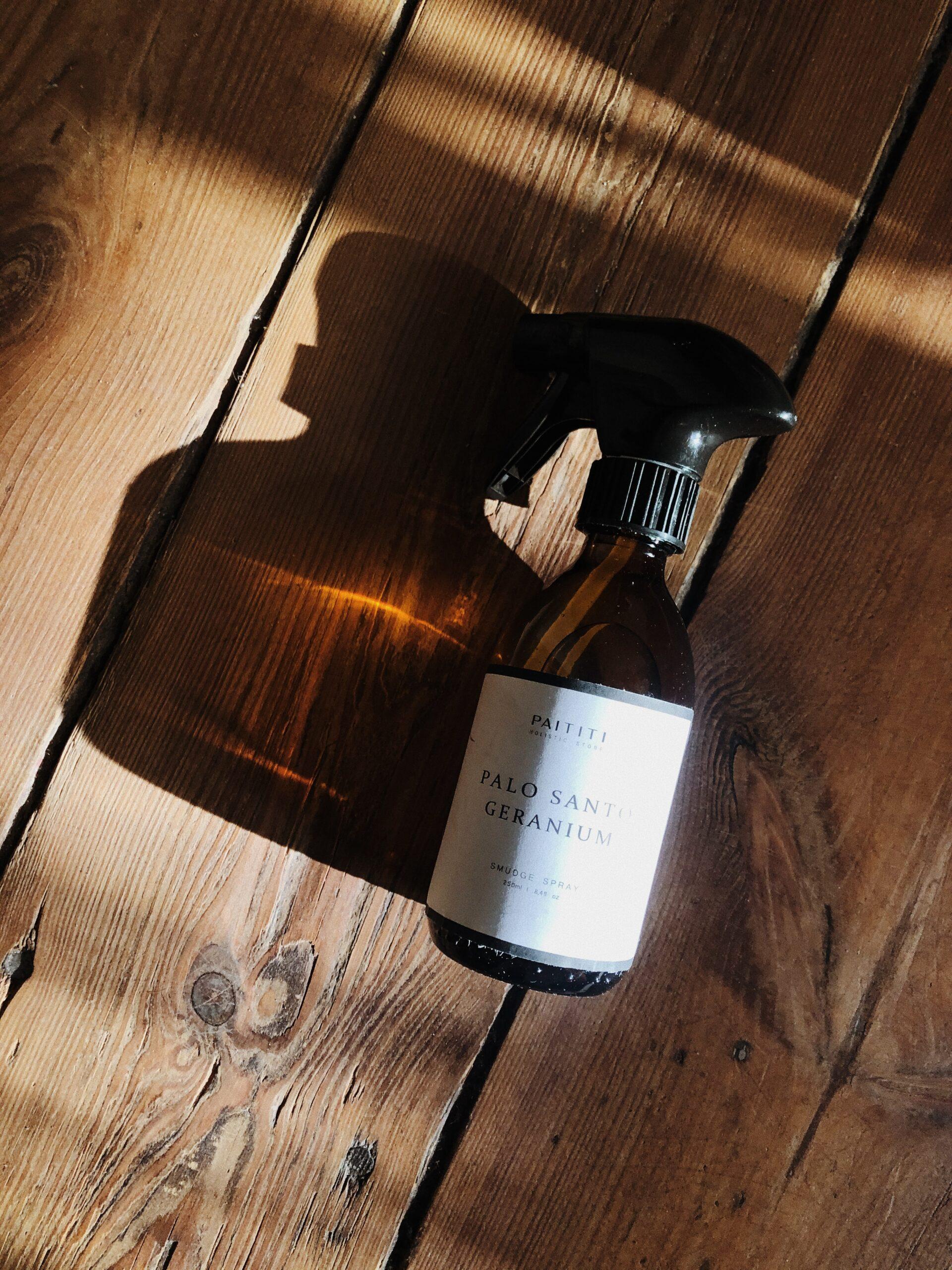 spray o zapachu palo santo i geranium